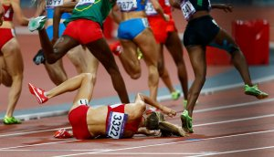 Morgan Uceny of the U.S. falls during the women's 1500m final during the London 2012 Olympic Games at the Olympic Stadium